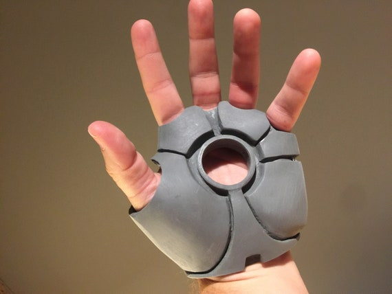 Life Size Iron Man Mark 46 (Mark XLVI) Glove for Cosplay Free ... | 428x570