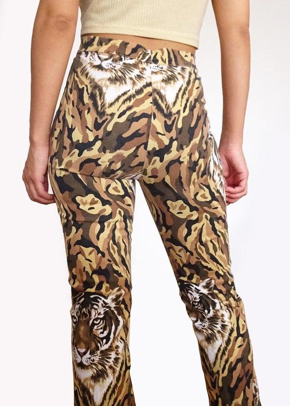 "90's // Pants printed "" tiger "" high waist made i… - image 2"