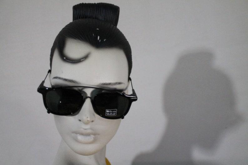 3d8ae7d93411 Vintage Sunglasses 70s square Aviators unique Full black | Etsy