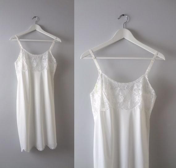 Lace | Kayser White 1960\u2019s Vintage Nylon Slip