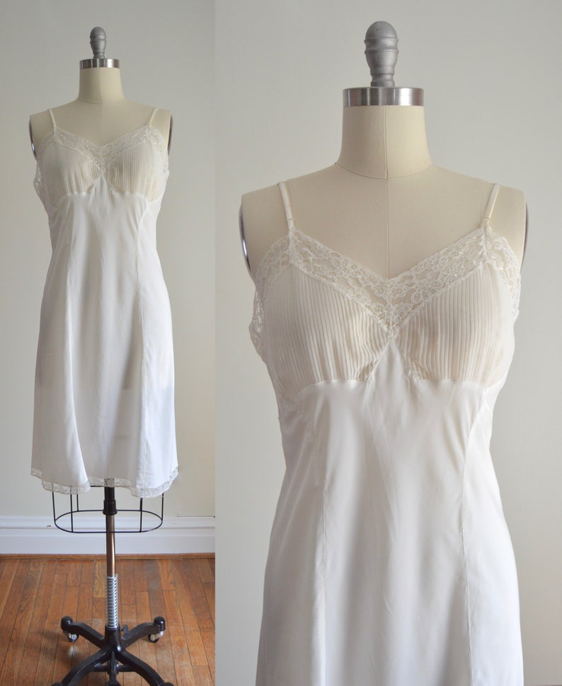 Ivory Slip Dress M  1940s Barbizon Ivory Rayon Blend Slip image 0