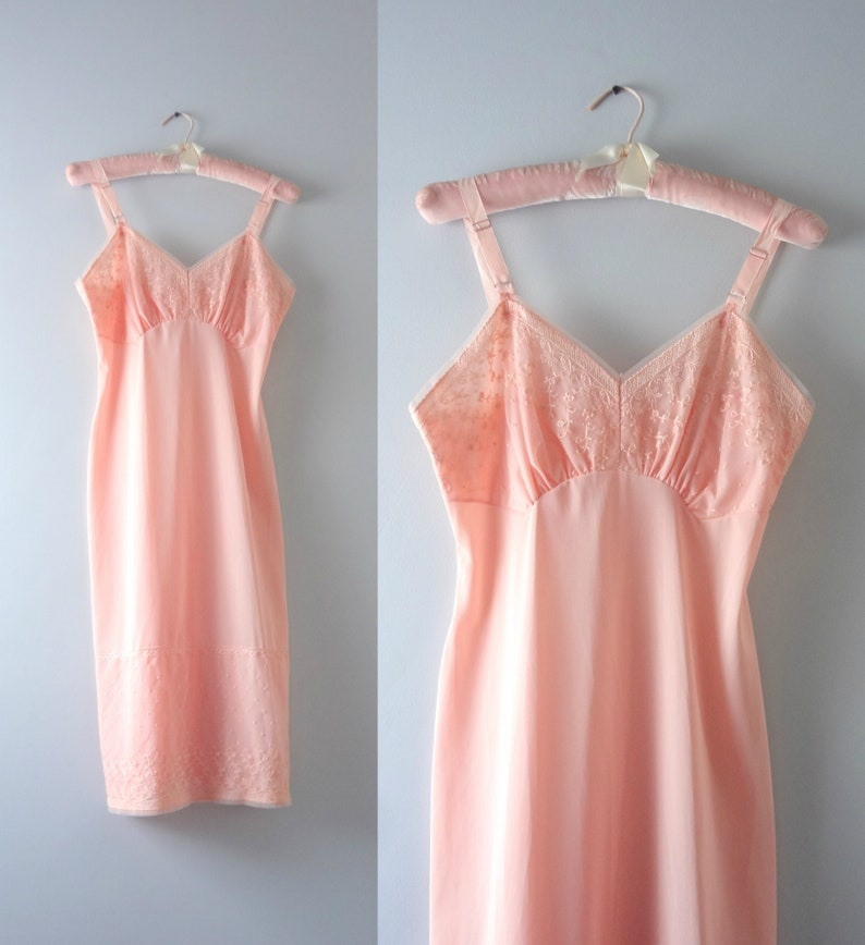 Vintage 1950s Pale Apricot Embroidered Chiffon Slip Dress M image 0