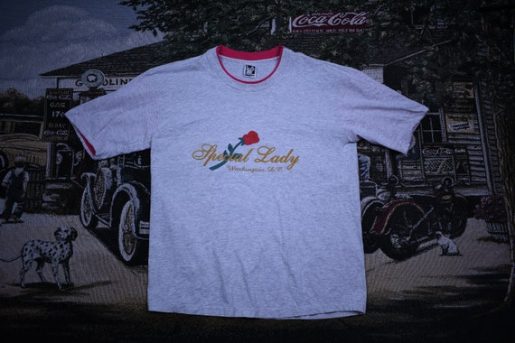 Vintage T-Shirt / Special Lady Spell Out Graphic /