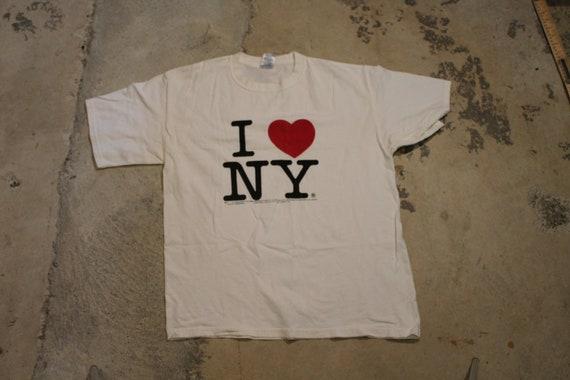 Vintage T-Shirt / I Heart NY Graphic / Love / New