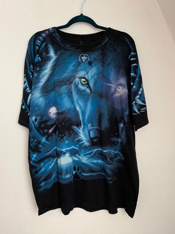 All Over Graphic Print T-Shirt / Wolf Shirt / Liqu