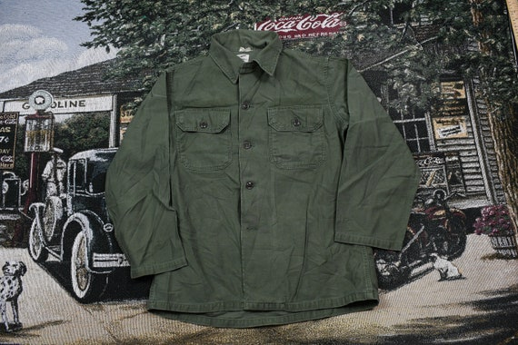 Vintage Military / Button Up Jacket / US Army Gree