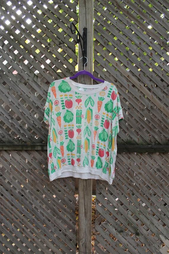 Vintage T-Shirt / Vegetable All Over Print / Food