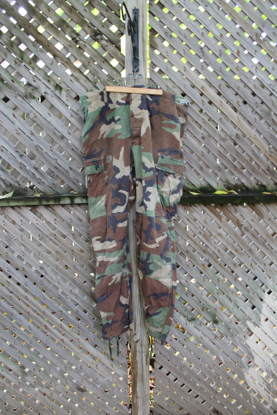 Vintage Camo / Military Pants / Cargo Style Trouse