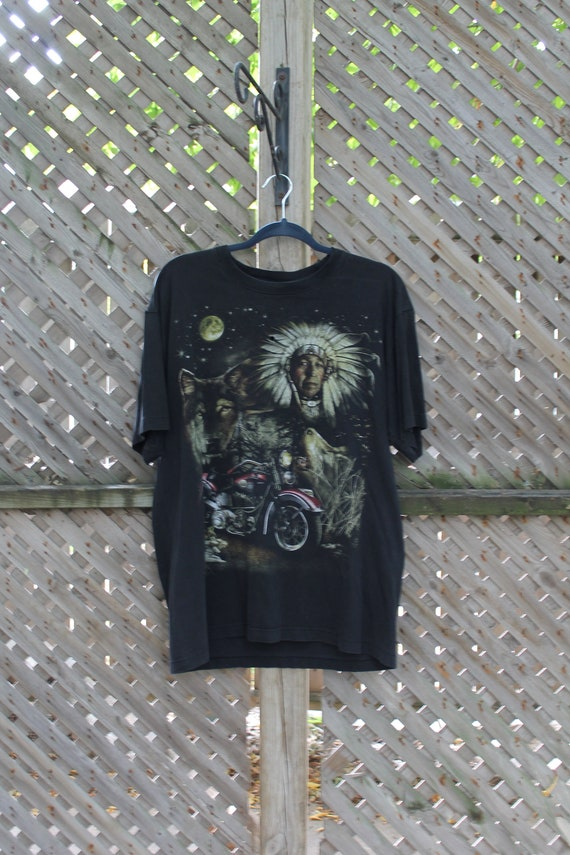Vintage T Shirt / Native Indian Chief Head Art Gra