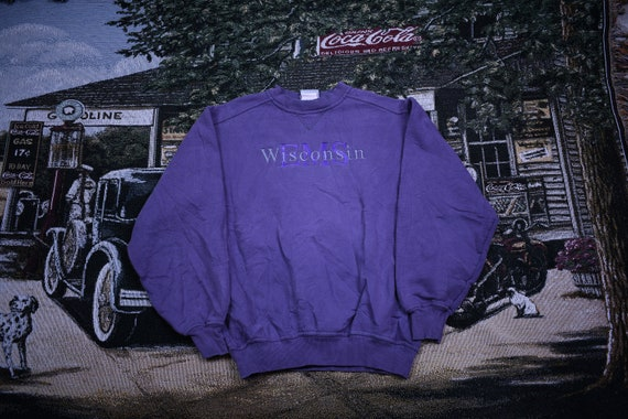 90s Crewneck / Wisconsin Spell Out Print / Vintage
