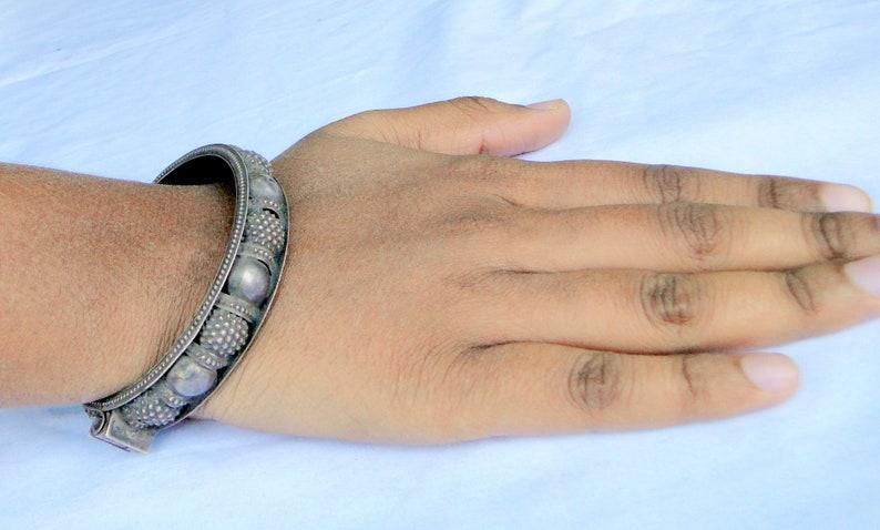 Vintage Ethnic Sterling Silver Bangle Old Silver Bracelet 13124