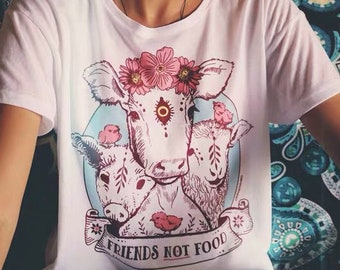 79a55576f Vegan/Vegetarian 'Friends Not Food' Organic Cotton T-shirt - Save the  planet - Stop eating meat!