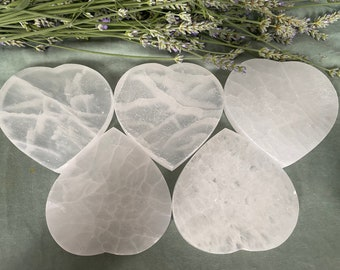 Selenite Satin Spar Heart Charging Plate Crystal Cleansing Charging Plate Jewellery Holder Metaphysical Décor Reiki Tools
