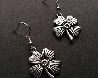 Flower Earings, 925 Sterling Silver French Hooks, Earings, Vintage Earings, Gift for girls