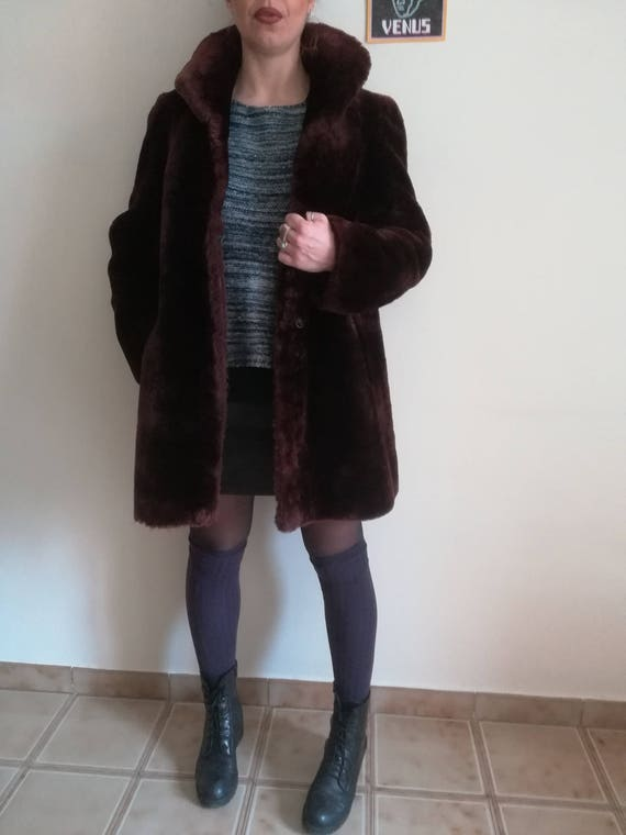 BURGUNDY FAUX FUR Vintage 80 Woman Faux Fur Coat W