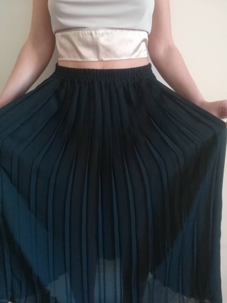 4dc0fce905 CHARLES VÖGELE MAXISKIRT Vintage 90 Woman Pleated Skirt Black | Etsy