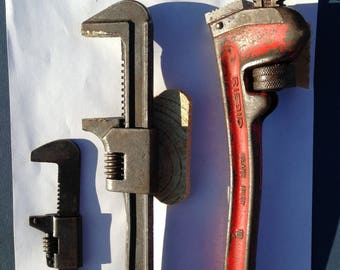 "Vintage Rigid 30 degree 10"" Pipe Wrench plus 2 1930's flat wrenches = lot of 3"