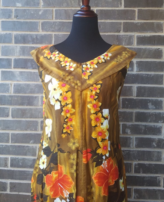 "Vintage 1960s ""Reef"" Hawaiian Floral Dress, Hawaii"