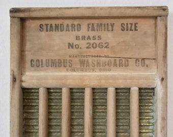 Vintage 1940's Washboard. 1940's Washboard. Standard Family Washboard 1940's. 1940's Washboard Standard Family. Washboard Vintage 1940's.