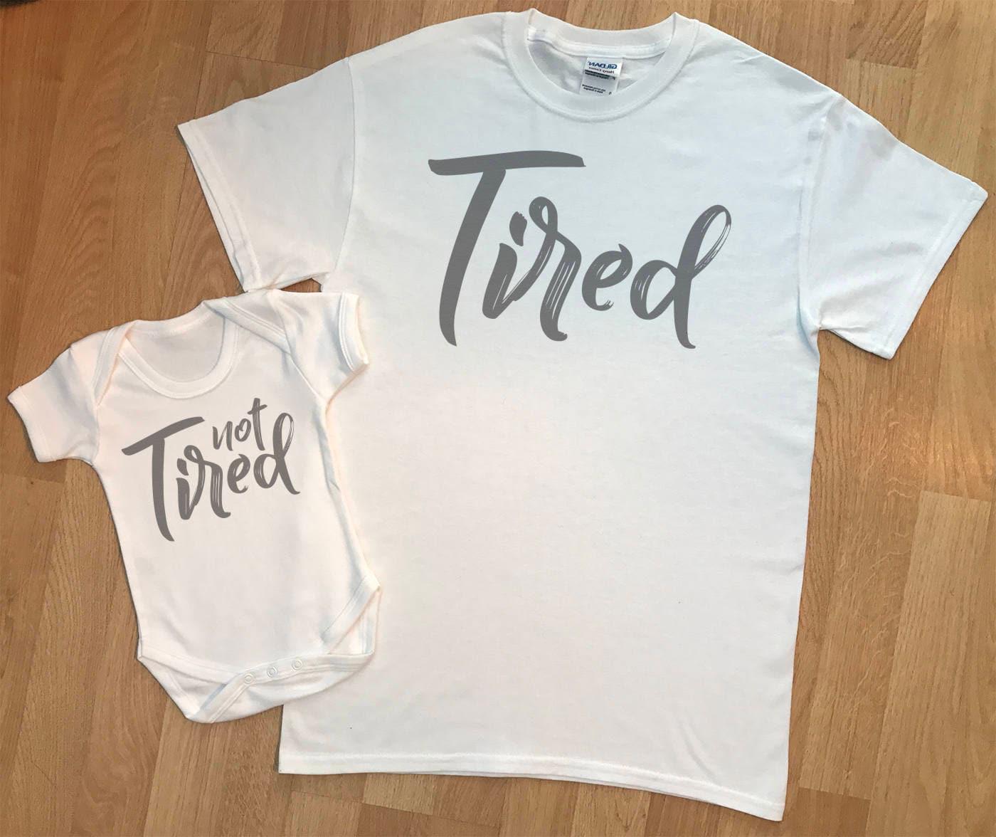 Müde und nicht müde passende Baby Body und Papa Tshirt | Etsy