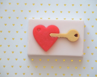 Heart and Key Soap, Valentine Soap, Amor y Amistad Soap, Valentine Kids Soap, Valentine Gift, Valentine Favors,