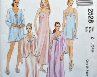 Misses nightwear pattern. Peignoir set pattern. Bridal nightgown and robe  pattern. Bed jacket pattern. SZ L-XL. Uncut. 210e0980b