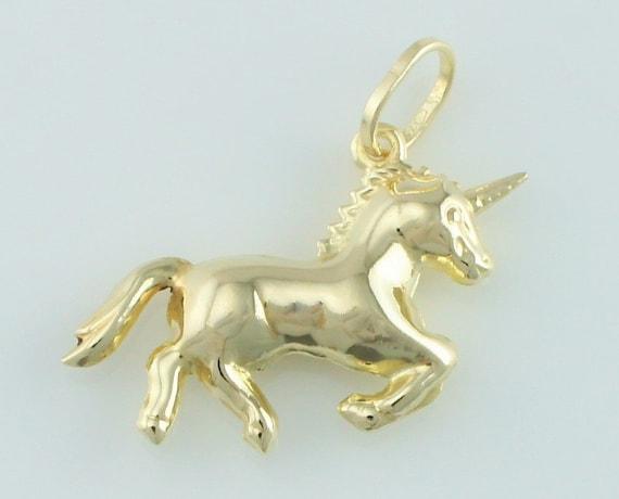 6 Unicorn Charms antique gold tone GC252