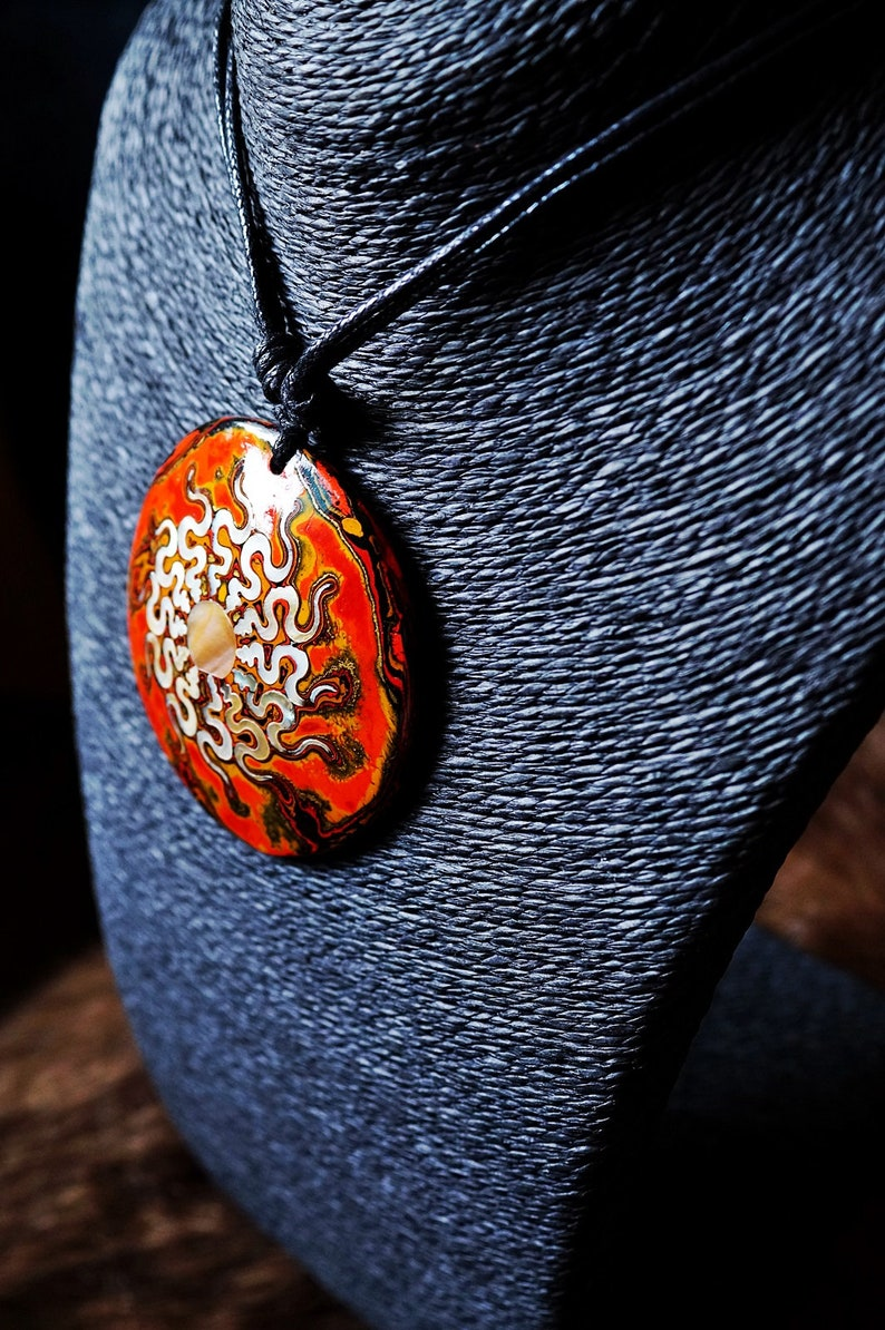 Lacquered Pendant from Coconut Shells with Pearl Shells pattern Women Pendant Women Jewelry Color Pendant Coconut Lacquer Jewelry AW507