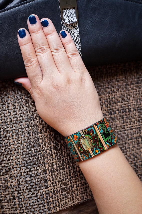 Lacquered Cuff Bracelet from Coconut Shells with Pearl Shells patterns Women Bracelet Women Jewelry Women Armband Coconut Jewelry AW465