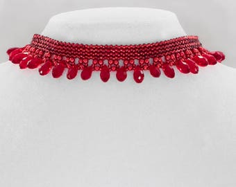 Classic red droplets beaded necklace
