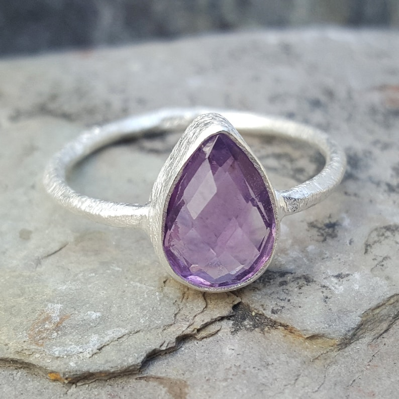 Natural Amethyst Silver Ring February Birthstone Gift Mother/'s Day Handmade Silver Ring-925 Sterling Silver Teardrop Ring Women/'s rings