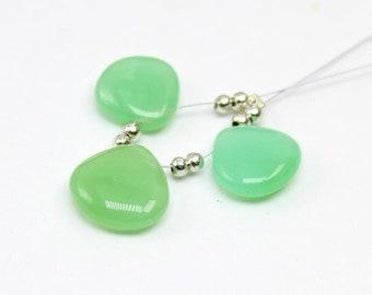 Chrysoprase smooth heart briolette 12.5x12-11x11.5 mm | Green chrysoprase smooth heart briolette | chrysoprase | sold set of 3 brio:- M542