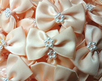 Peach . 10 SMALL RIBBON BOWS