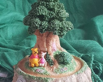 Winnie the Pooh and Piglet Figurine.