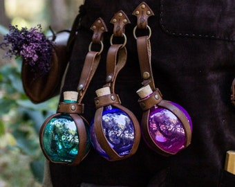 Potion Bottle with Leather Holder. Flask DRINKING Bottle for Larp, Costume and Cosplay. unicorn