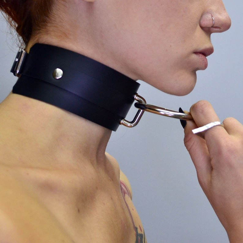 BDSM Gear for Women Submissive Collar and Leash Set | Etsy