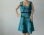 90s Dirndl Austrian floral mini dress Green Bavarian dress Oktoberfest festival dresses Size Large