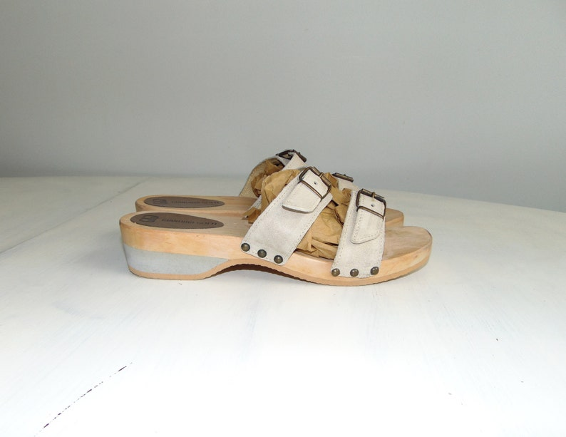 a01004af1097a 90s Leather wooden platform sandals Gray chunky summer shoes Grunge sandals  Size 40 / US 9