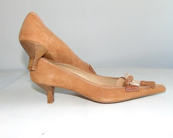 Vintage 90s PACO HERRERO Suede leather shoes Womens shoes Beige leather shoes Elegant shoes Designer pumps Office shoes Size 39 US 8