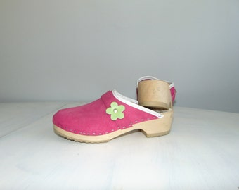 90s Wooden platform grunge pink clogs Scandinavian heel suede leather sandal clogs Chunky shoes Size 38 / US 7