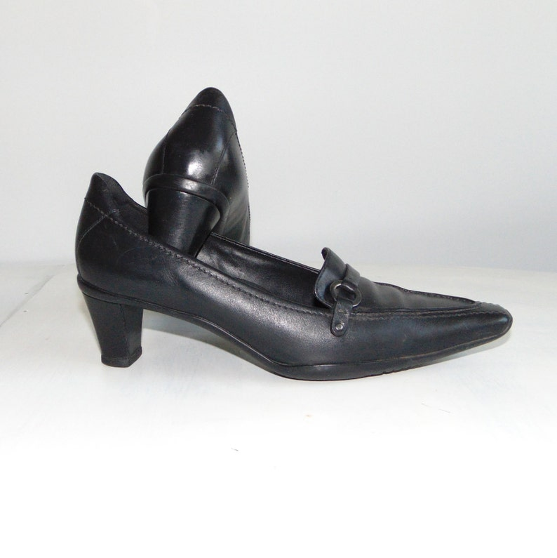 8eebf600db8 90s ECCO Leather shoes Black leather pumps Goth shoes Classic