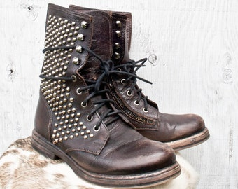 f34a260c0b8 Brown Leather Steve Madden Roper Boots - Size 38 - Studded Brown Leather  Steven by Steve Madden Boots - Vintage Lace Up Packer Boots