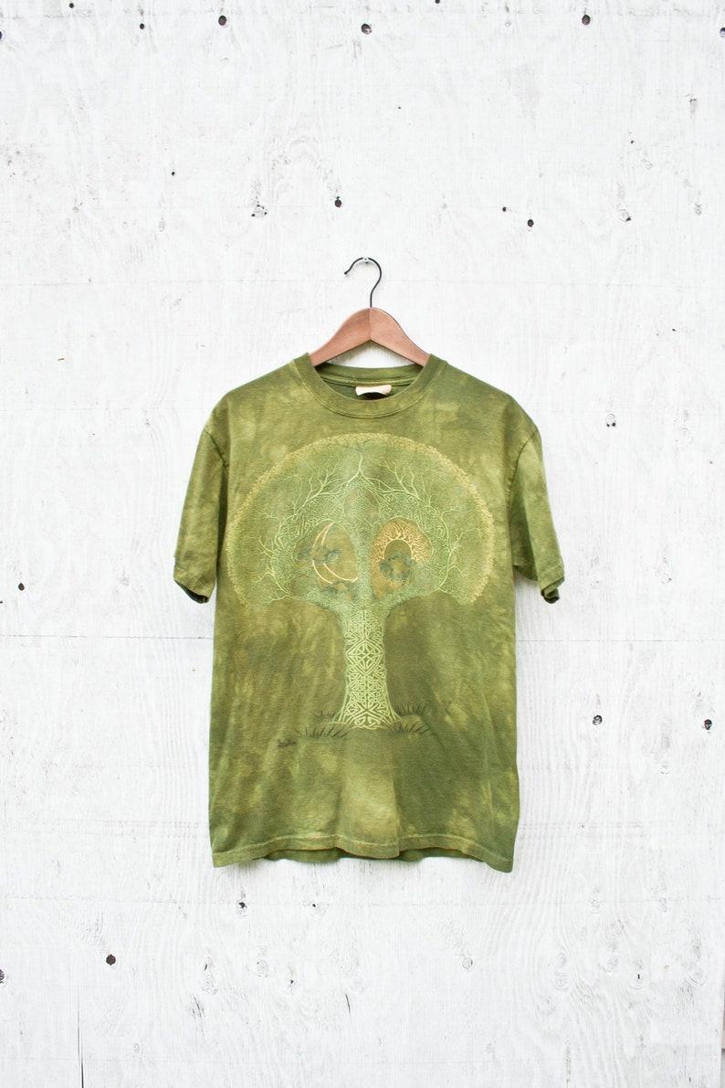 e21e7b0a28b67 Green Tie Dye Celtic Tree Tshirt - Vintage The Mountain Shirt - Mens Medium  - Celtic Tree Acid Wash Shirt - 00 Graphic Tee - Green Tie Dye