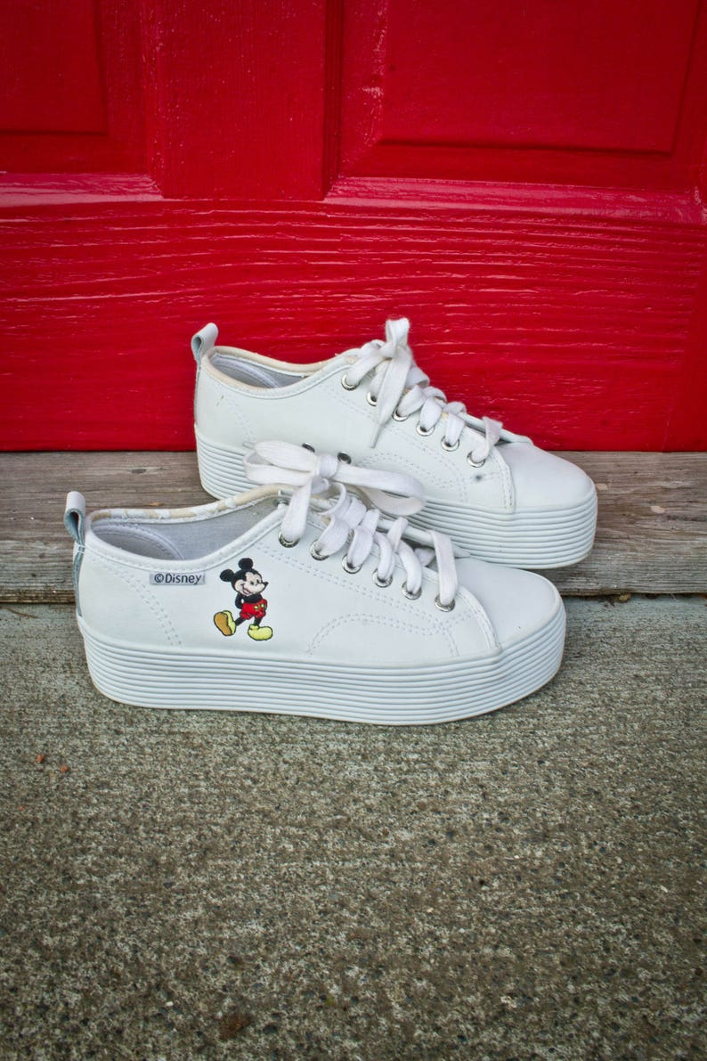 3d35c9b930 Mickey Mouse Thick Soled Shoes 90s Thick Platform Sneakers