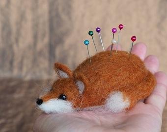 Needle Felted Fox Pin Cushion - Felt Pincushion, sewing gift, cute woolen animal