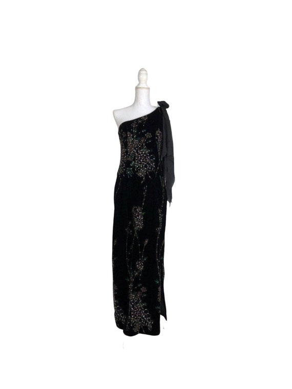 Velvet Detailed One Shoulder Gown from The Silk Fa