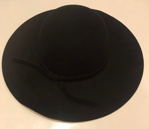 Womens New Style Black Floppy Hat With Band And Adjustable  e188d311e39b