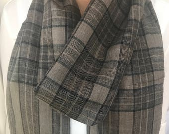 Handloom 100% Pashmini Scarf / Stole / Wrap in Black and Taupe Plaid