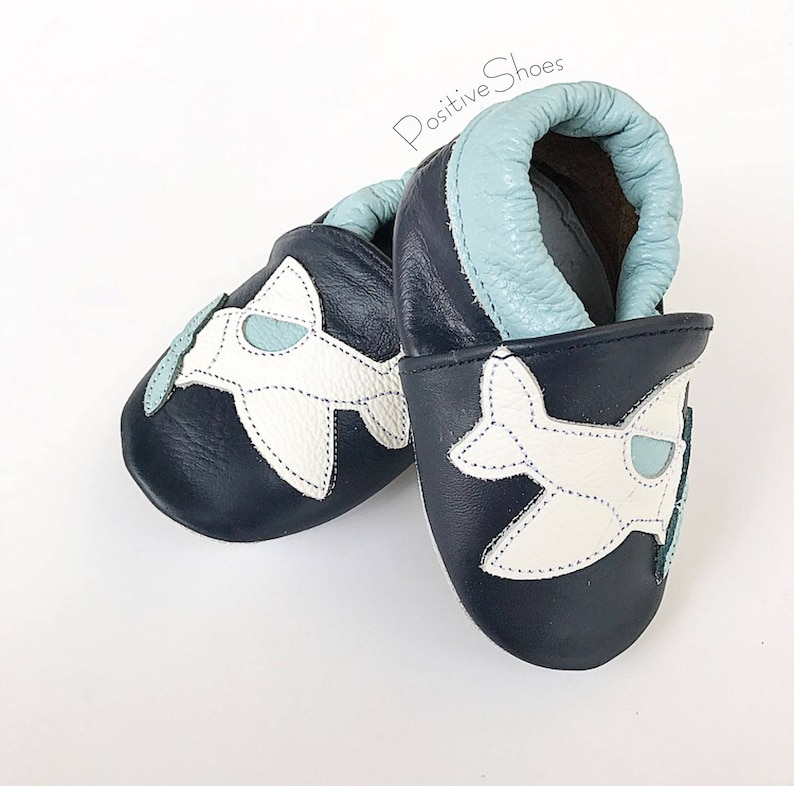 dca6af411e800 Baby Soft Sole Shoes Infant Moccasins Soft Leather Baby Boys Shoes Slippers  New Style First Walkers. Kids Shoes
