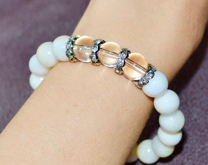 Shell bracelet, Stress relief stone, Protecting crystals, intention bracelet, wrist mala bead, chakra stone, yoga, reiki energy, minimalist